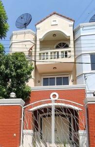 For RentTownhouseRatchadapisek, Huaikwang, Suttisan : RTJ789 for sale, rent 3 storey townhomes, Gasini Village Soi. Pracharat Bamphen 26