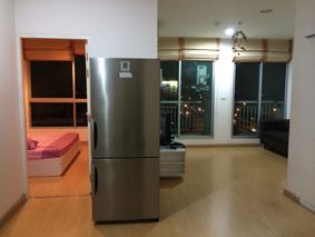 For RentCondoThaphra, Wutthakat : Condo for rent, 9th floor, East, 2 bedrooms, 1 bathroom, separate kitchen, near BTS.