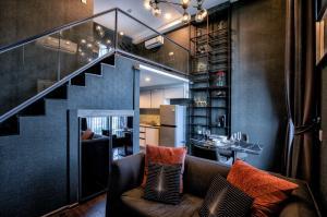 For RentCondoSukhumvit, Asoke, Thonglor : 3,000THB Off on the 1st mth!  1BR Duplex @ C Ekkamai by Nestcovery Realty