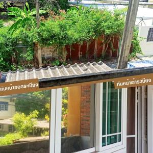 For SaleTownhousePinklao, Charansanitwong : House for sale or rent, 2-storey townhouse with balcony, Bang Waek 16, Charansanitwong 13, Charan 13