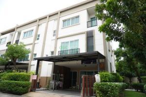 For RentTownhouseSukhumvit, Asoke, Thonglor : Townhouses for rent in Lumpini Town Place Sukhumvit 62 Bang Chak Bangkok (BTS Bang Chak)