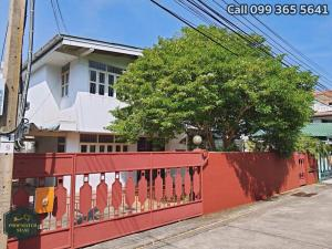 For RentHouseLadprao 48, Chokchai 4, Ladprao 71 : 2 storey detached house for rent, area 56 square meters, Thai Siri Nuea Village, Town in Town area, Ladprao