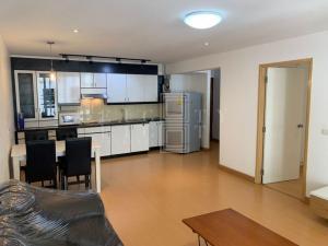 For RentCondoSukhumvit, Asoke, Thonglor : For Rent Raintree Villa Condo (62 sqm.)