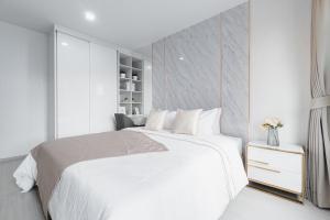 เช่าคอนโดลาดพร้าว เซ็นทรัลลาดพร้าว : ให้เช่า Life Ladprao 🍁 ห้องใหม่ เสยแดง ยังไม่เคยเข้าอยู่ 🍁ตกแต่งหรูสไตล์ Modern Luxury สวยมากกก