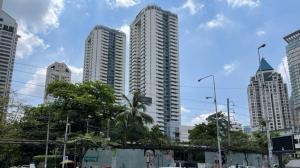 For SaleCondoSathorn, Narathiwat : Great price, Sathorn Gardens Condominium. Luxury condo in the heart of the city, Sathorn, Silom