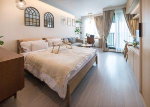 For RentCondoLadprao, Central Ladprao : For rent Life Ladprao 🍁 very beautiful decorated room 🍁 rent 15000 🍁 beautiful room built-in