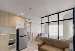 For RentCondoBang Sue, Wong Sawang : HM-0208 available for rent Regent Home Bangson 28 condo.
