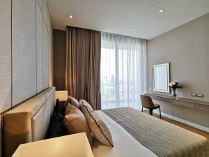 For RentCondoWongwianyai, Charoennakor : Condo for rent Magnolias Waterfront Residence BA21_07_111_02 beautiful room, furniture, electrical appliances, price 64,999 baht