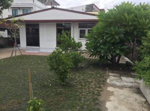 For RentHouseLadprao 48, Chokchai 4, Ladprao 71 : House for rent Ruamchok Subdistrict Chokchai 4 AOL-F81-2107004234.