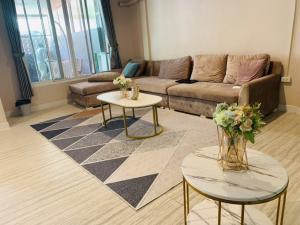 For SaleTownhouseRatchadapisek, Huaikwang, Suttisan : 🔥🔥🔥 Urgent sale!!️ Townhome 2 floors 🏠 Village Yu Charoen 799 Beautiful house ✨@JST Property.