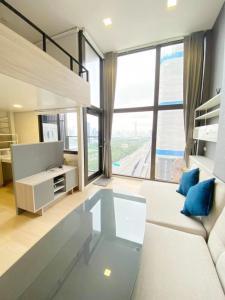 For SaleCondoRama9, RCA, Petchaburi : Chewathai Residence Asoke High Floor Fully Furnished makkasan park view