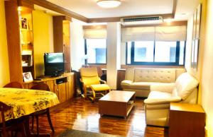 For SaleCondoSilom, Saladaeng, Bangrak : Condo for sale, Phiphat Place, near BTS Chong Nonsi, 1 bedroom, 52 sqm, fully furnished, special price