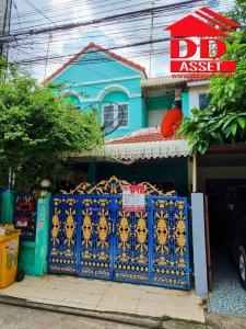 For SaleTownhouseLadprao101, The Mall Bang Kapi : FOR SALE 2-storey townhouse for sale, Phanason Village 10, Phase 2