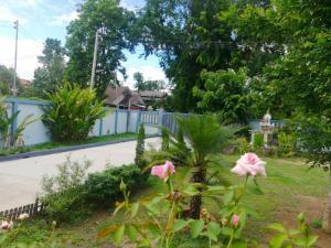 For SaleHouseChiang Mai : House for sale in garden style, 380 sqm, Buak Khang Subdistrict, San Kamphaeng District, Chiang Mai Province.