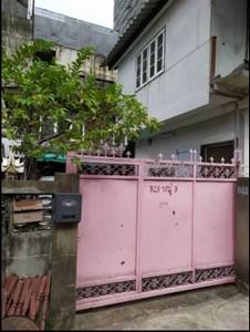 For SaleHouseRatchadapisek, Huaikwang, Suttisan : Land for sale with a detached house 52 square wa, in the heart of Huai Khwang, near MRT Huai Khwang, near Meng Jai.