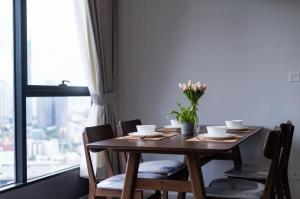 For RentCondoRama9, RCA, Petchaburi : Beautiful room for rent, good price, high floor, magnificent view, Ideo mobi Asoke