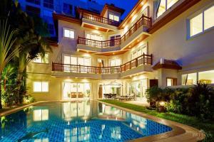 ขายบ้านพัทยา บางแสน ชลบุรี : SUPER HOT 🔥💥💣 ว้าวว บ้านวิลล่า 5 ชั้น สุดหรูหรา ขนาด 930 ตรม.  #หนึ่งเดียวในพัทยา สร้างพิเศษพร้อมวัสดุดีเยี่ยม.💢  #สามารถผ่อนตรงกับเจ้าของบ้านได้ #สอบถามรายละเอียดได้ 🔥💥📍พิกัดดี ทำเลทอง, บนเขาพระตำหนัก📌ห่างทะเลแค่ 700 เมตร 🏖🏝       🔥💥  ราคาขาย 56,000,000