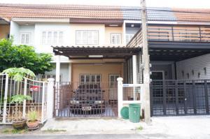 For SaleTownhouseBangbuathong, Sainoi : ขายบ้านทาวน์เฮ้าส์2ชั้น 1.39ล้าน พร้อมอยู่ หมู่บ้านบัวทอง2 เนื้อที่ดิน 16ตรว 100ตรม 2นอน 2น้ำ 1ครัว 1รับแขก โรงรถต่อเติมเรียบร้อย จอดรถในบ้านได้ 1 คัน