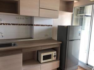 For RentCondoKhlongtoei, Kluaynamthai : Condo for rent [Lumpini Place Rama 4-Kluaynamthai] furniture + electrical appliances, corner room, urgent!!!🔥