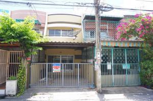For SaleTownhouseBang kae, Phetkasem : 💝บ้านเงินเหลือ💝ทำส่วนต่างได้💝เจ้าของขายเอง รับนายหน้า ขายทาวน์เฮ้าส์พร้อมอยู่ 1.42ล้าน 17ตรว 2นอน 2น้ำ หนองเขม ใกล้บางแค หมู่บ้านพุทธชาด เพชรเกษม81