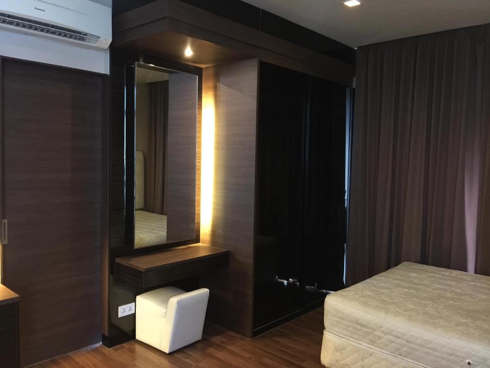 For SaleCondoRatchadapisek, Huaikwang, Suttisan : Luxury condo for sale IVY AMPIO Ratchada 200 meters to MRT Thailand Cultural Center