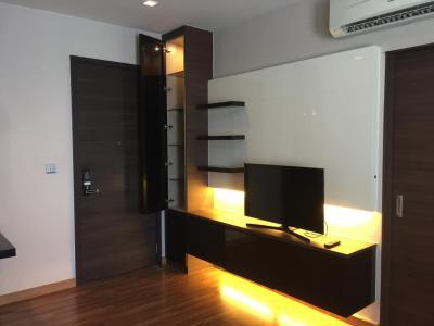 For RentCondoRatchadapisek, Huaikwang, Suttisan : Luxury condo for rent IVY AMPIO Ratchada 200 meters to MRT Thailand Cultural Center