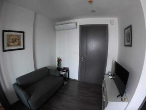 For SaleCondoOnnut, Udomsuk : The Base Park West for sell 2.99MB. 1 bedroom 30 sq.m. Fully furnished, Ready move in near BTS Onnut
