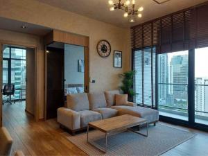 For RentCondoSukhumvit, Asoke, Thonglor : THE LOFTS ASOKE** ตกแต่งหรูหรา ห้องใหม่กริ๊บ 2 ห้องนอน ชั้นสูง ราคาดีเวอร์ 60K /Month