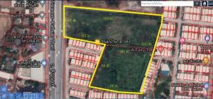 For RentLandRangsit, Patumtani : Land for rent 13 rai next to Tiwanon Road. Mueang Pathum Thani District, can be rented