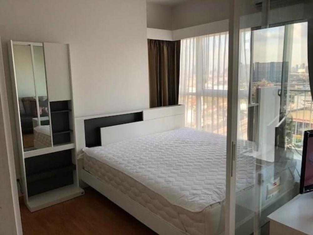 For RentCondoBang Sue, Wong Sawang : LC-R570 for rent 1 bedroom condo The Parkland. Ratchada-Wongsawang Stairway to the train station Wong Sawang Station