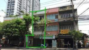 For SaleHouseBang Sue, Wong Sawang : 3-storey commercial building for sale near Bang Pho station, 9 million baht.