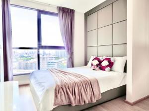 For RentCondoSiam Paragon ,Chulalongkorn,Samyan : Condo for rent Ideo Q, next to Chula Samyan, fully furnished, Built-In, luxury furniture, beautiful view, near Sam Yan MRT
