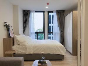 For RentCondoOnnut, Udomsuk : Condo for rent Chambers Onnut Station BA21_07_120_02 Complete electrical appliances, price 12,999 baht