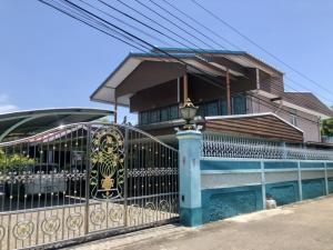 For SaleHouseRathburana, Suksawat : House for sale, 155 sq m., Pracha Uthit, house number 98.