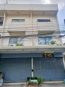 For RentShophouseSapankwai,Jatujak : RPJ132 for rent, 2 commercial buildings, adjacent to each other, area of 36 sq.wa., newly renovated near MRT Ladprao Soi Ladprao 21