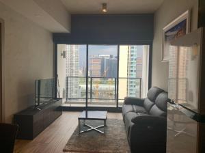 For RentCondoSukhumvit, Asoke, Thonglor : Promotion 1 month!! Loft Asoke for rent 1 bedroom 49 sq.m. fl.20 Fully furnished, Ready move in near BTS Asoke
