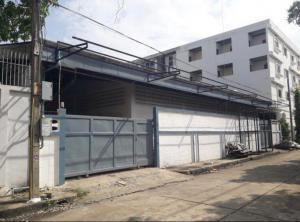 For RentWarehousePattanakan, Srinakarin : OHM190 ให้เช่าโกดังพร้อมออฟฟิศ ซอยพัฒนาการ 76 เนื้อที่ 200 ตร.วา พื้นที่ใช้สอยรวม 950 ตร.ม.