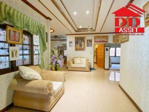 For SaleHouseRamkhamhaeng,Min Buri, Romklao : ขายบ้านเดี่ยว ชั้นเดียว นันทวัน5 หนองจอก ห้องมุม ทางเข้าออก ถนนมิตรไมตรี ถนนสุวินทวงศ์