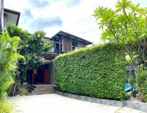 เช่าบ้านสุขุมวิท อโศก ทองหล่อ : ให้เช่าหรือ ขาย บ้านเดี่ยว สุขุมวิท 71พร้อมสระว่ายน้ำ