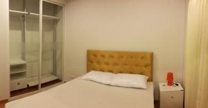 For RentCondoBang kae, Phetkasem : Condo for rent The Parkland Phetkasem Condominium fully furnished (Confirm again when visit).