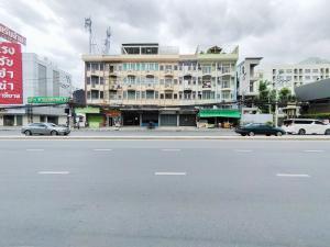 For RentShophousePattanakan, Srinakarin : ให้เช่าด่วน!! อาคารพาณิชย์ ติดถนนใหญ่ พัฒนาการ28