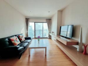 เช่าคอนโดสุขุมวิท อโศก ทองหล่อ : Hot Deal!!! Noble Remix Sukhumvit 36  2 Beds 2 baths  88 sq.m.  FL. 26 Room  40,000 per months