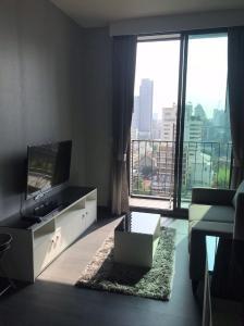 For RentCondoSukhumvit, Asoke, Thonglor : Edge Sukhumvit 23 for rent Studio room 33.5 sq.m. fl.9 price 22,000 THB/month Fully furnished, Ready move in near BTS Asoke