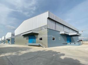 เช่าโกดังรังสิต ธรรมศาสตร์ ปทุม : ให้เช่าโกดัง พร้อมออฟฟิศ พท.1,000-1,400 ตร.ม.  ติดถนนใหญ่ ใกล้แยกนพวงศ์ อ.ลาดหลุมแก้ว ปทุมธานี Warehouse for rent with office Lat Lum Kaeo District, Pathum Thani