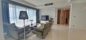 For SaleCondoPattaya, Bangsaen, Chonburi : Condo for sale, Reflection Jomtien Beach, Pattaya, 3 bedrooms, direct sea view.