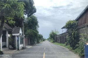 ขายที่ดินรังสิต ธรรมศาสตร์ ปทุม : ขายที่ดิน รังสิต-นครนายก คลอง 11 ซอยคุณจ่า จำนวน 1 งาน ห่างจากถนนเพียง 500 เมตร