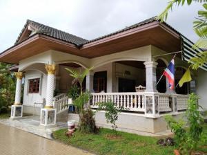 ขายบ้านพัทลุง : ขายด่วน บ้านเดี่ยวพร้อมที่ดิน เนื้อที่ 1-1-16.4 ไร่