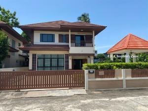 ขายบ้านพัทยา บางแสน ชลบุรี : ขายบ้านเดี่ยวหมู่บ้านเดอะสามมุกวิลเลจ2 ห้องมุม บ้านกว้าง