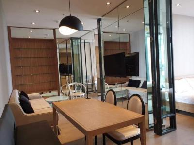 เช่าคอนโดสุขุมวิท อโศก ทองหล่อ : ให้เช่า คอนโด PARK 24 (สุขุมวิท 24) ตึก 6 ชั้น 36 พื้นที่ 57.10 ตรม.  2 ห้องนอน 2 ห้องน้ำ 1 ห้องรับแขก/ห้องนั่งเล่น 1 พื้นที่ทำครัว, มีระเบียง วิวแม่น้ำเจ้าพระยา (เห็นโค้งบางกระเจ้าด้วยครับ)