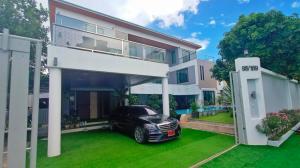 For SaleHousePattaya, Bangsaen, Chonburi : 3-storey pool villa house, urgent sale, area 137 sq m wide.